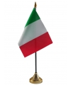 Vlaggen op standaard Italie