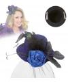Deftig mini hoedje blauw met roos en sluier